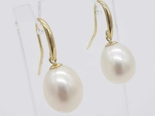9ct Yellow Gold Large Cultured Freshwater Pearl Hook Earrings