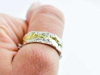 Bark textured ring