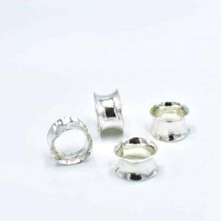 Anticlastic Ring