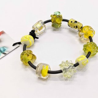 Hand made glass bracelet by Henschke Jewellery